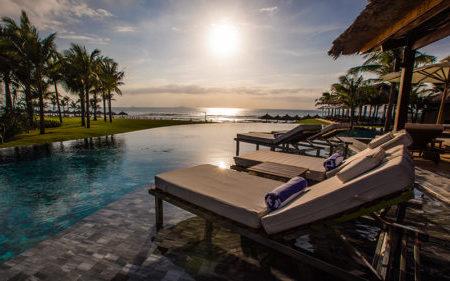 Luxury Nha Trang beach holiday 5 star resorts